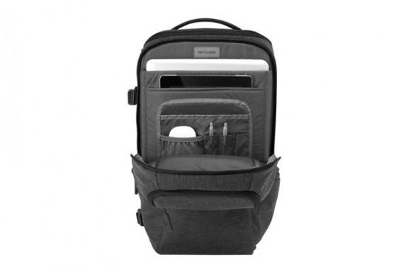 Incase DSLR Pro Pack by Incase