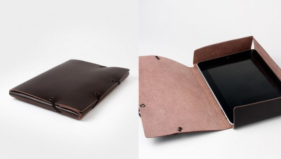 Isaac Reina Ipad Covered Folder Brown